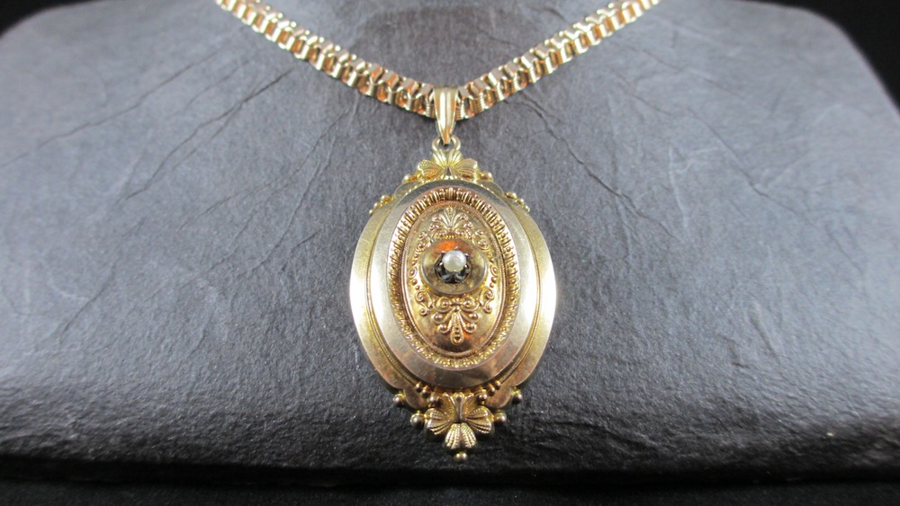 Schaumgold Medaillon Anhnger Mit Orientperle Mit Kette